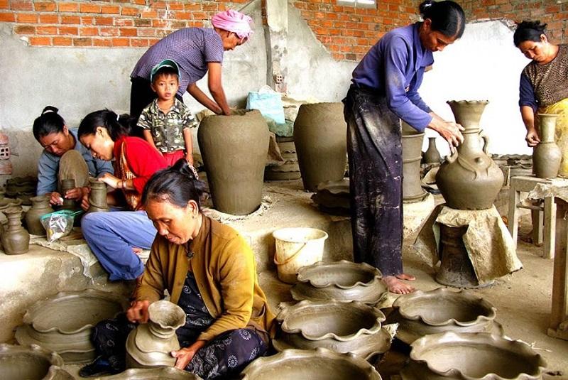 Làng gốm Bàu Trúc Ninh Thuận: ở đâu, có gì chơi, giá vé, kinh nghiệm tham quan