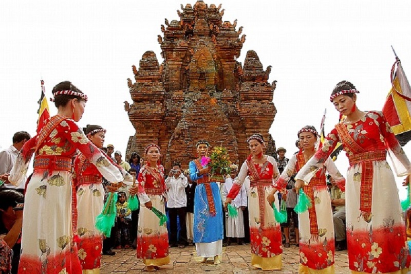 Lễ Hội Kate: Kinh nghiệm du lịch vào dịp lễ của người Chăm Ninh Thuận