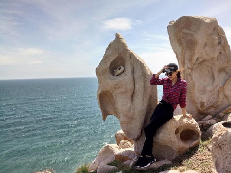 Công Viên Đá Ninh Thuận: Hướng dẫn đường đi, kinh nghiệm tham quan